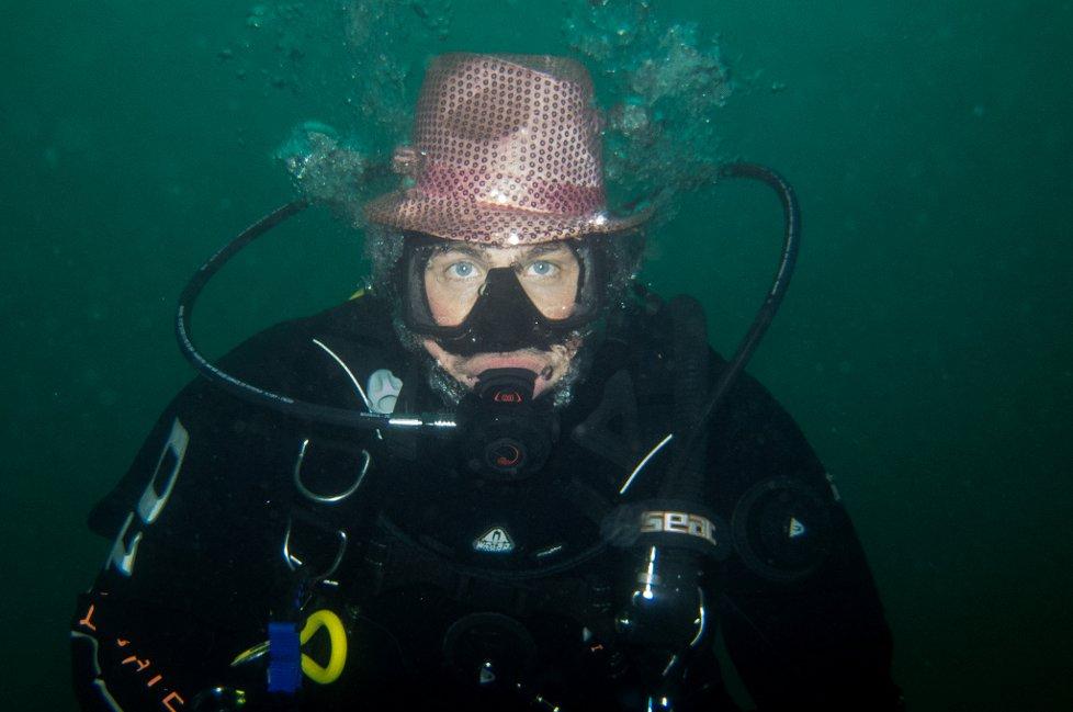 Ørjan karlsen, havnedykk 2013 med Jæren Dykkersenter